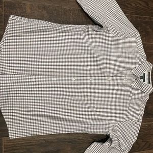 Eddie Bauer wrinkle free classic fit large shirt .